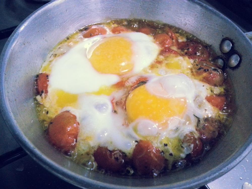 بيض عيون على الطريقة الايطالية