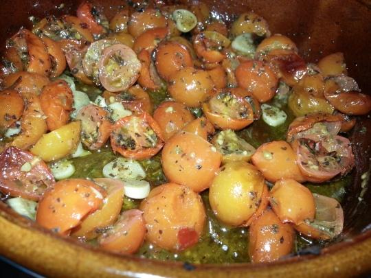طماطم صغيره ايطاليه بالاعشاب
