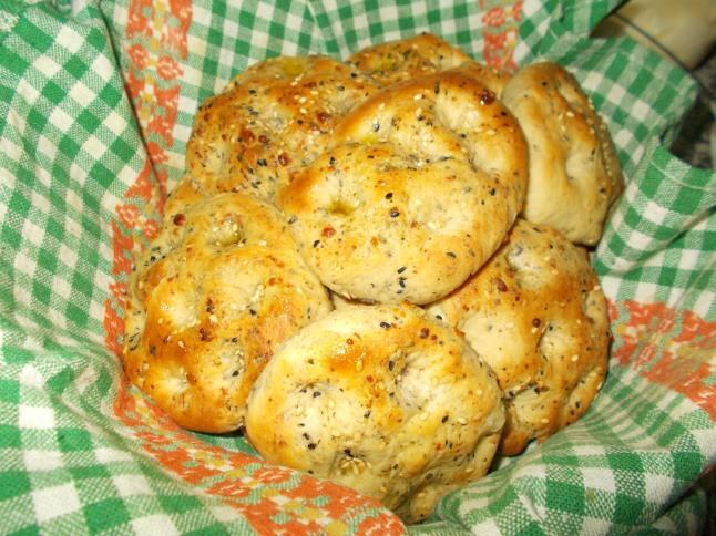 خبز فتوت بالجبن النابلسي